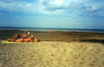 escorttjej karlskrona naken på stranden